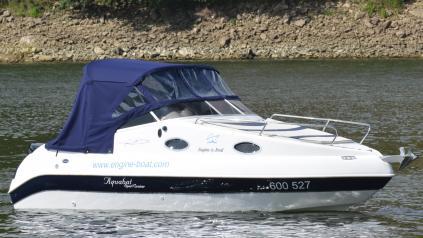 Kajutová jachta 6 metrů + motor 140HP + trailer