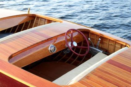 Motorový člun Oldtimer Canada Mercury Turbo 30
