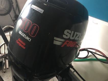 Suzuki 100Hp