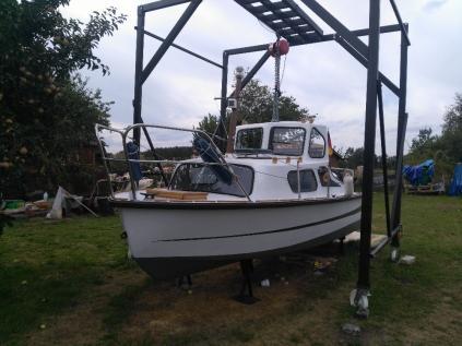 Prodám kajutovou loď