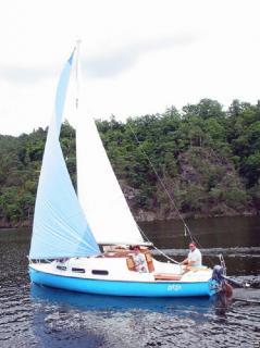 Prodám plachetnici JOLLENKREUZER 20