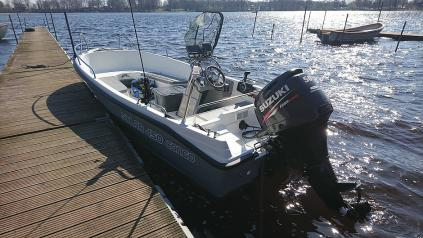 Motorový člun SOLARSKY SOLAR 450 CONGO
